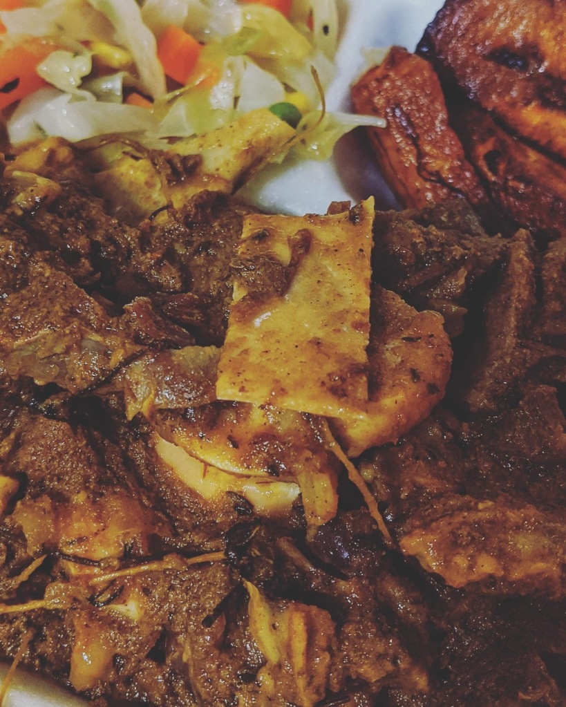 Curry Goat with Veggies and Fried Plantain