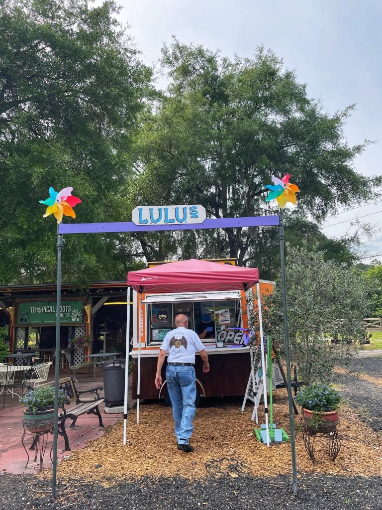 Lulu's Stand